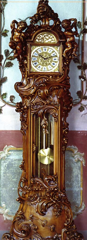 Le Ore 729 Hand-carved Grandfather Clock in Walnut